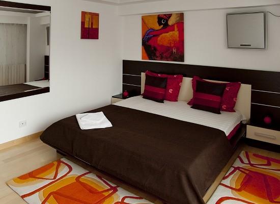 Apartment three bedrooms area Romana Bucharest, Romania - CASATA 2 - Picture 4