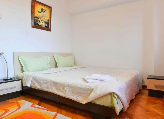 Apartment three bedrooms area Unirii Bucharest, Romania - UNIRII 1 - Picture 2